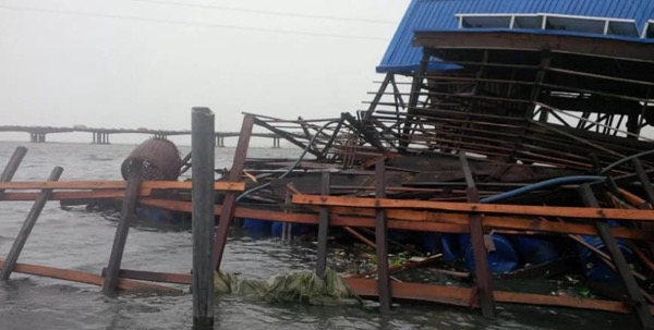 Award-Winning Nigerian Floating School Wrecked