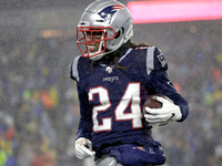 Gilmore becomes 1st CB to win DPOY in a decade