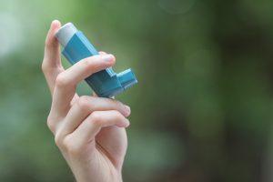 How does coronavirus affect asthma sufferers?