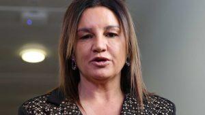 Jacqui Lambie blasts gambling giant for demanding pokies rent during COVID-19 shutdown