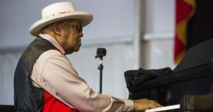 Ellis Marsalis Jr., famed jazz family's patriarch, has died at 85 of COVID-19 complications, son says