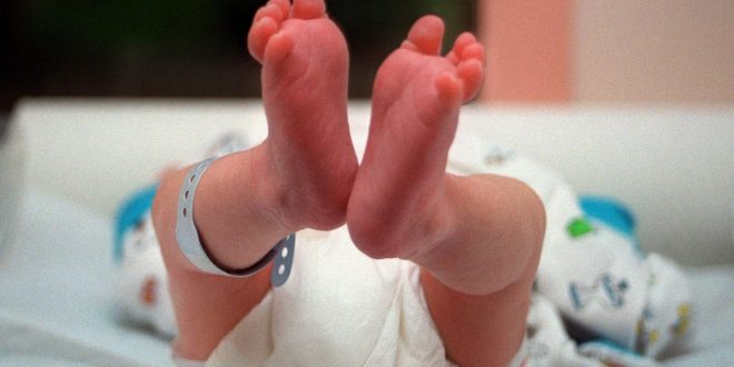 6-week-old baby's death linked to coronavirus, believed to be one of the youngest fatalities