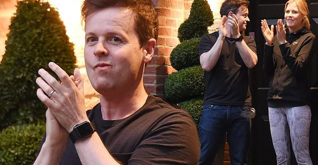 Declan Donnelly claps for carers in weekly salute to the NHS amid COVID-19 crisis