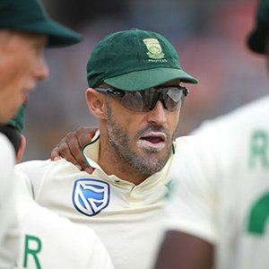'Positive' Faf avoids reading too much news