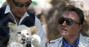 Roy Horn of Vegas duo Siegfried & Roy dead at 75 from coronavirus