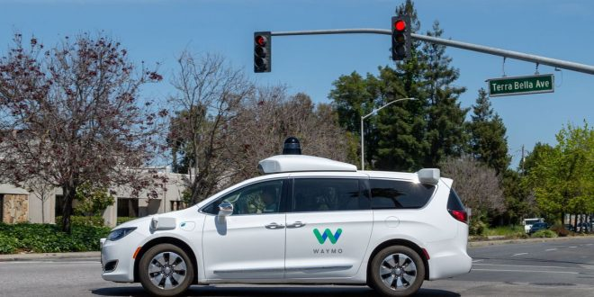 Waymo's robot minivans are ready to roll in the Bay Area for the first time since COVID-19 outbreak