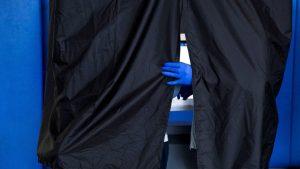 Coronavirus latest: US death rate rises back above 1,000