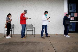 U.S. new weekly jobless claims seen falling below 2 million
